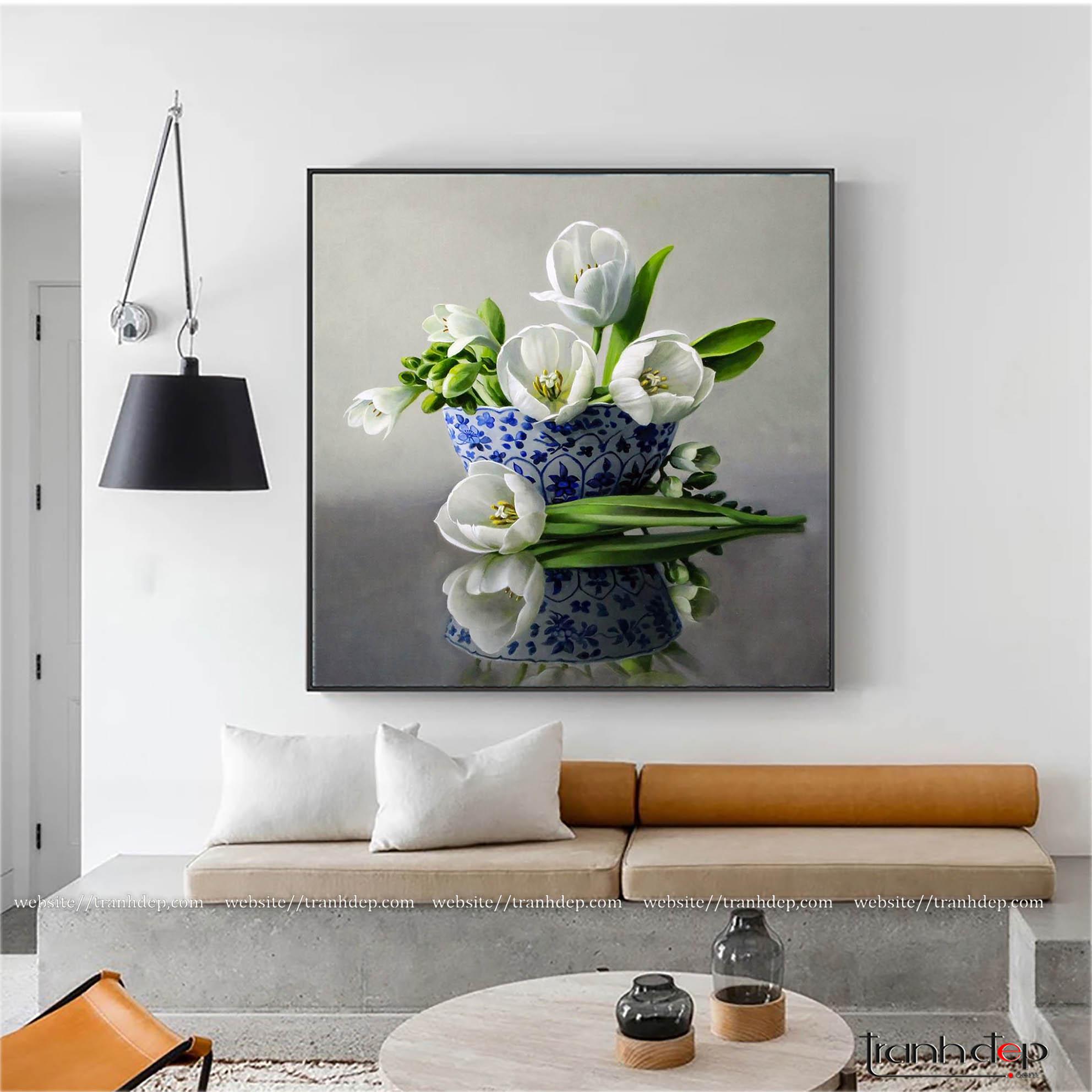 Tranh sơn dầu hoa tulip trắng kiêu sa