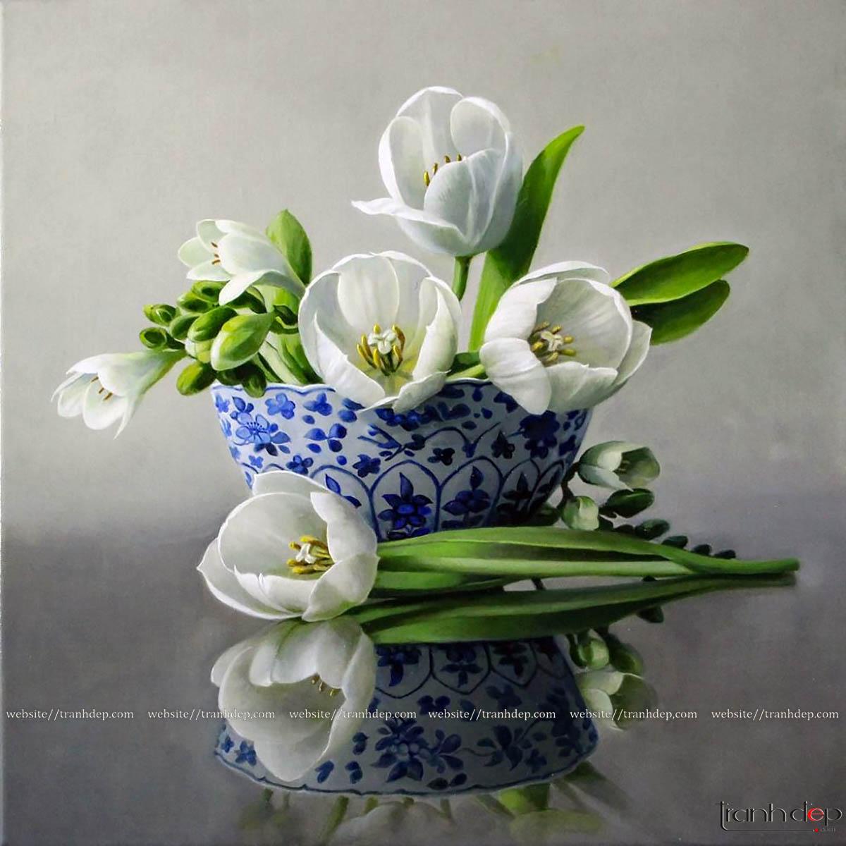 Tổng thể bức tranh hoa tulip trắng