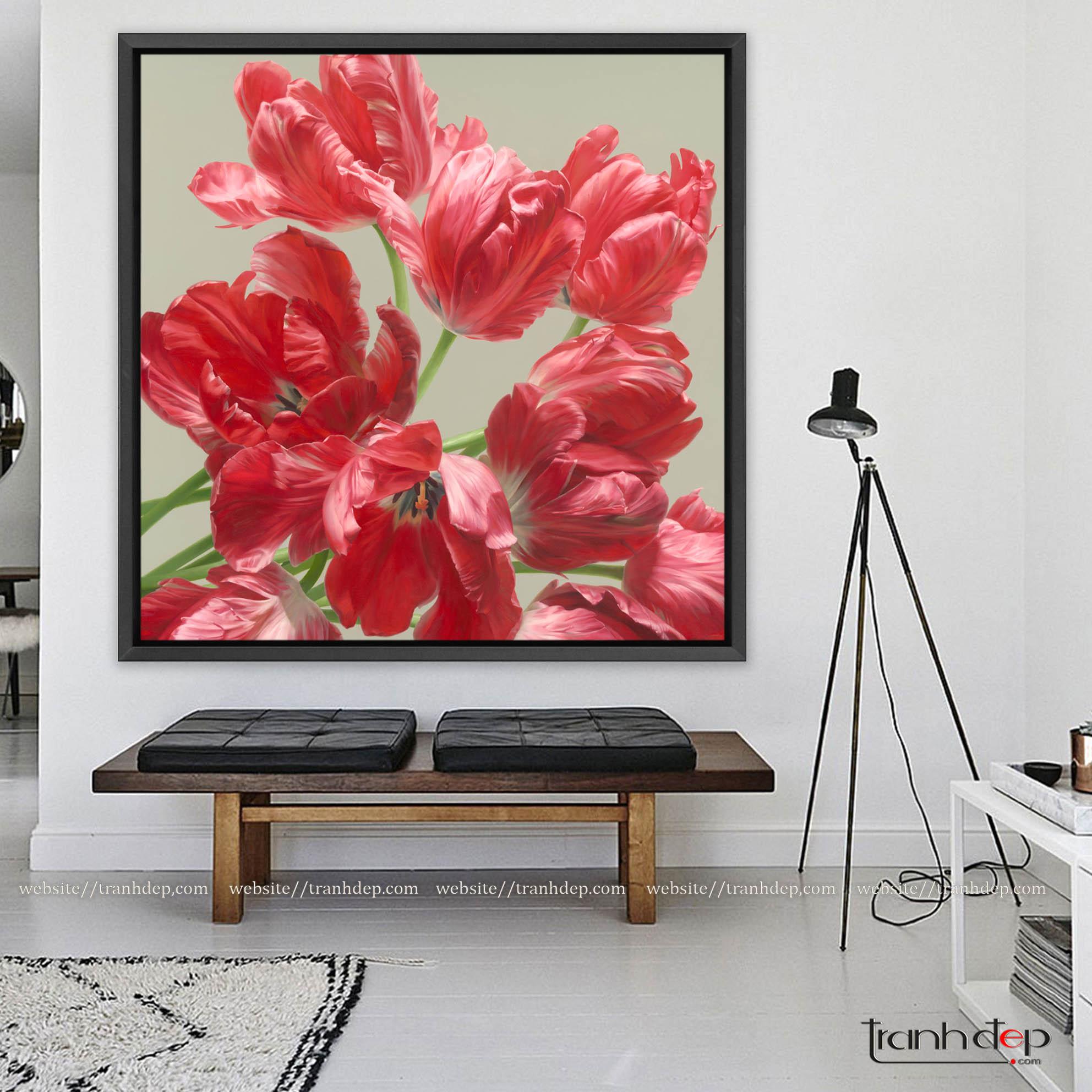 Tranh hoa tulip màu đỏ cho không gian