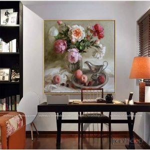 Tranh bình hoa và quả treo phòng làm việc