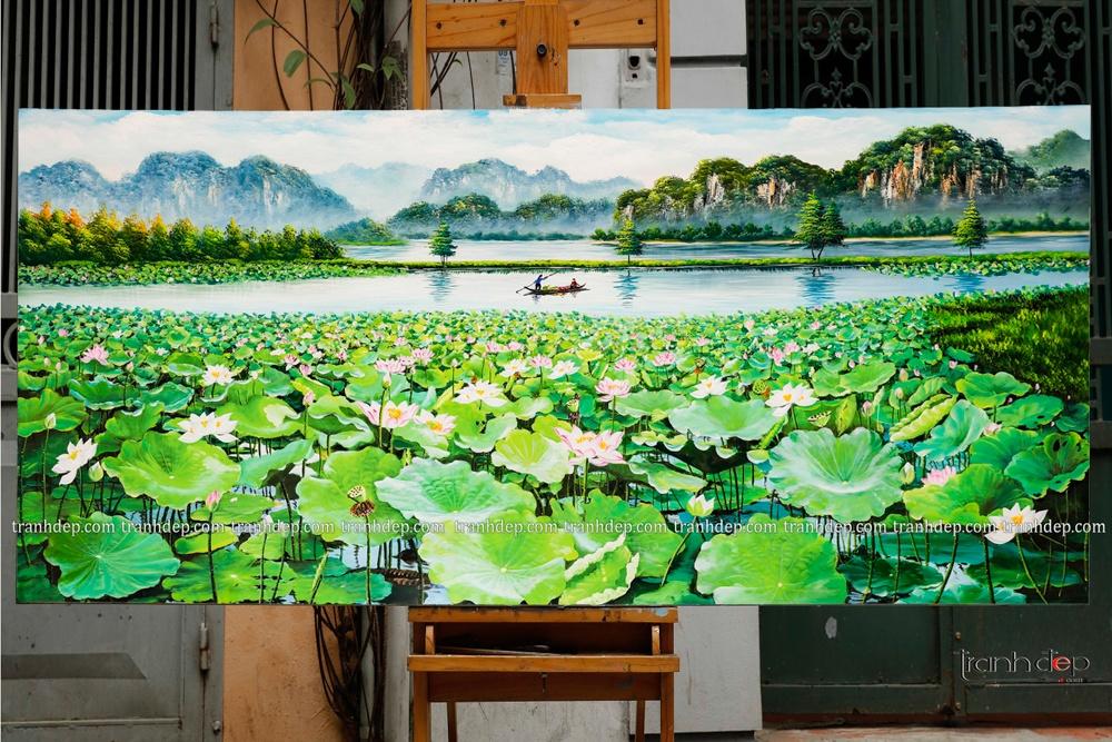 Bức tranh sơn dầu trong xưởng vẽ